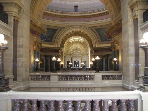 Interior Capitol, 02